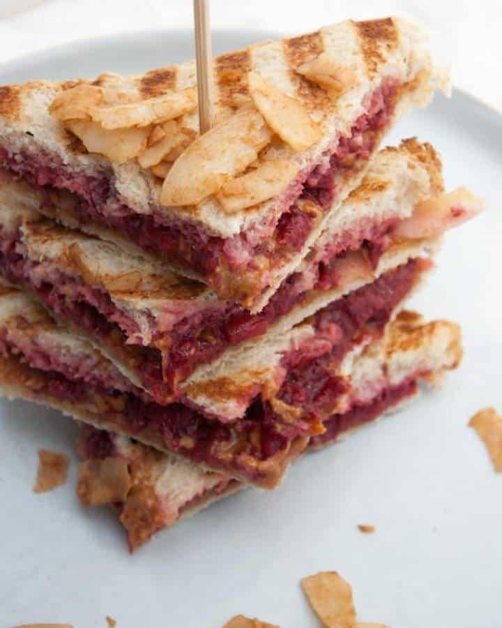 vegan snack recipes Peanut butter jelly sandwich