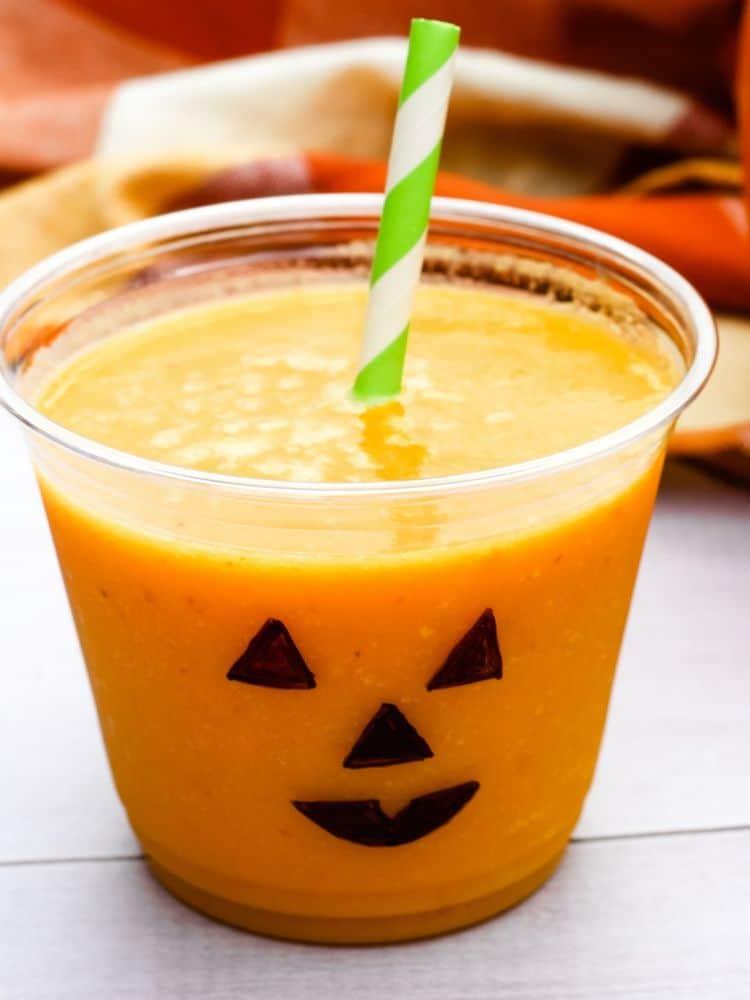 vegan halloween recipes: jack-o-lantern smoothie