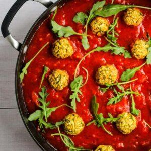 chickpea meatballs in marinara sauce