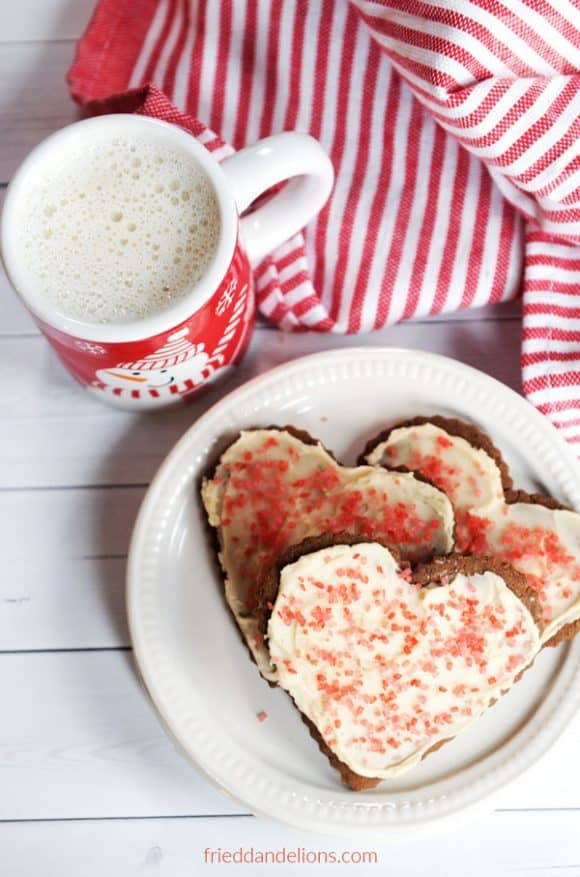 vegan sugar and spice cookies but into hearts