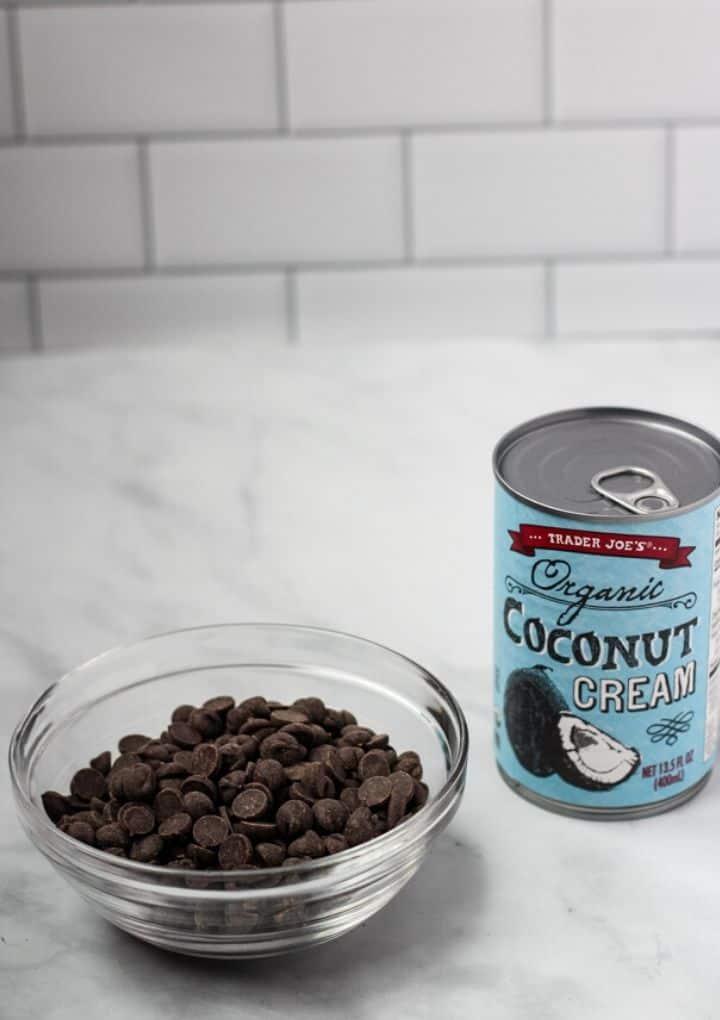 chocolate vegan frosting ingredients