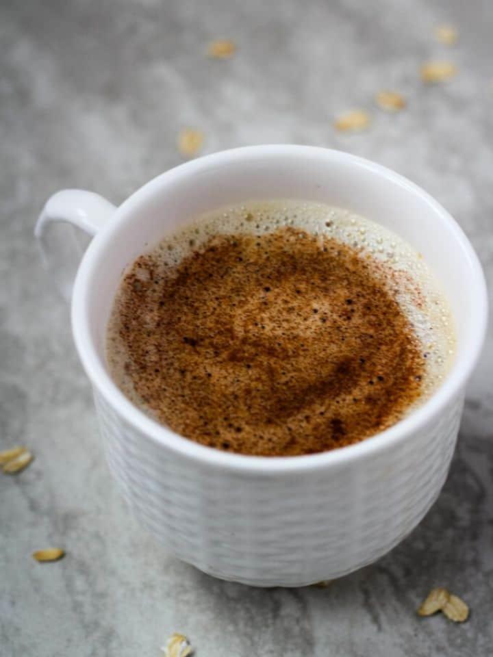 gingerbread oat milk latte