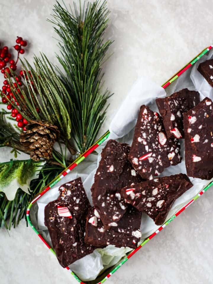 vegan peppermint bark