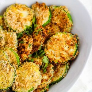 air fryer zucchini chips in bowel