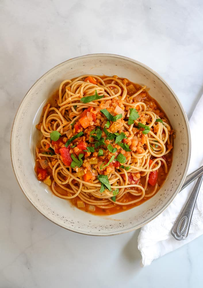 lentil ragu and spaghetti