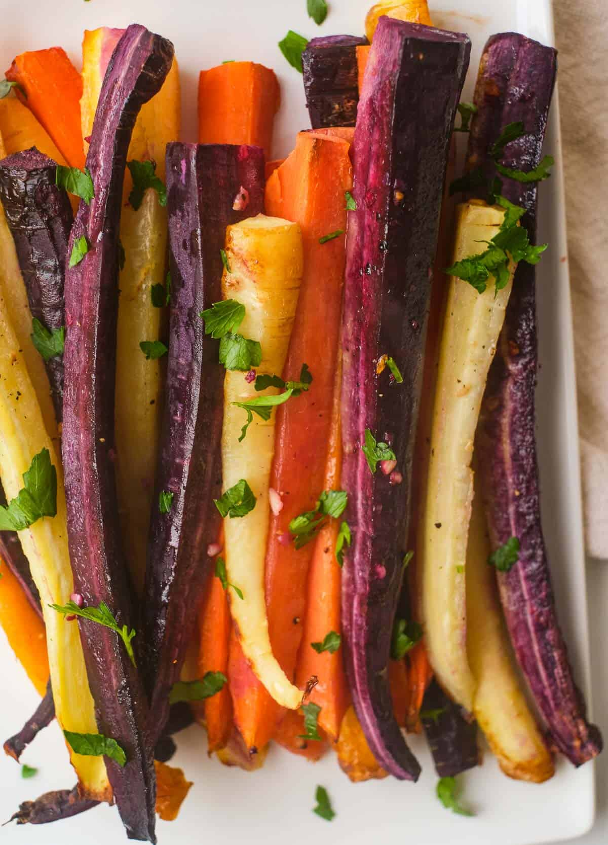 close up air fryer carrots