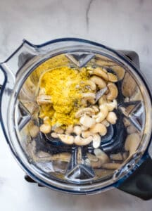 cashews, nutritional yeast in blender