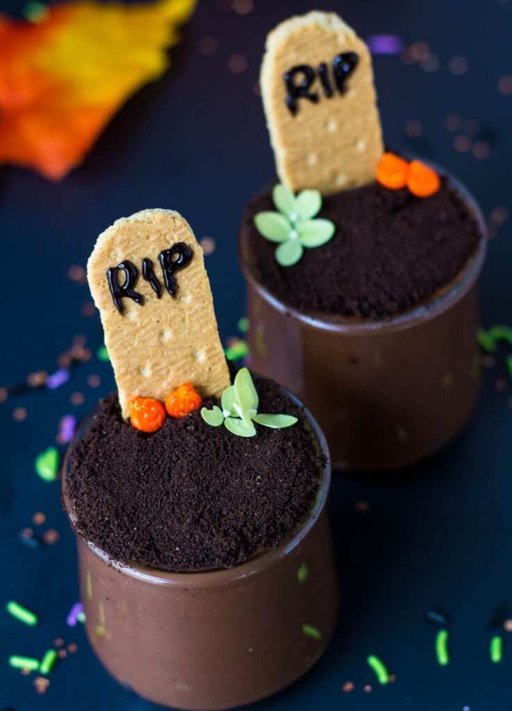 vegan graveyard pudding cups