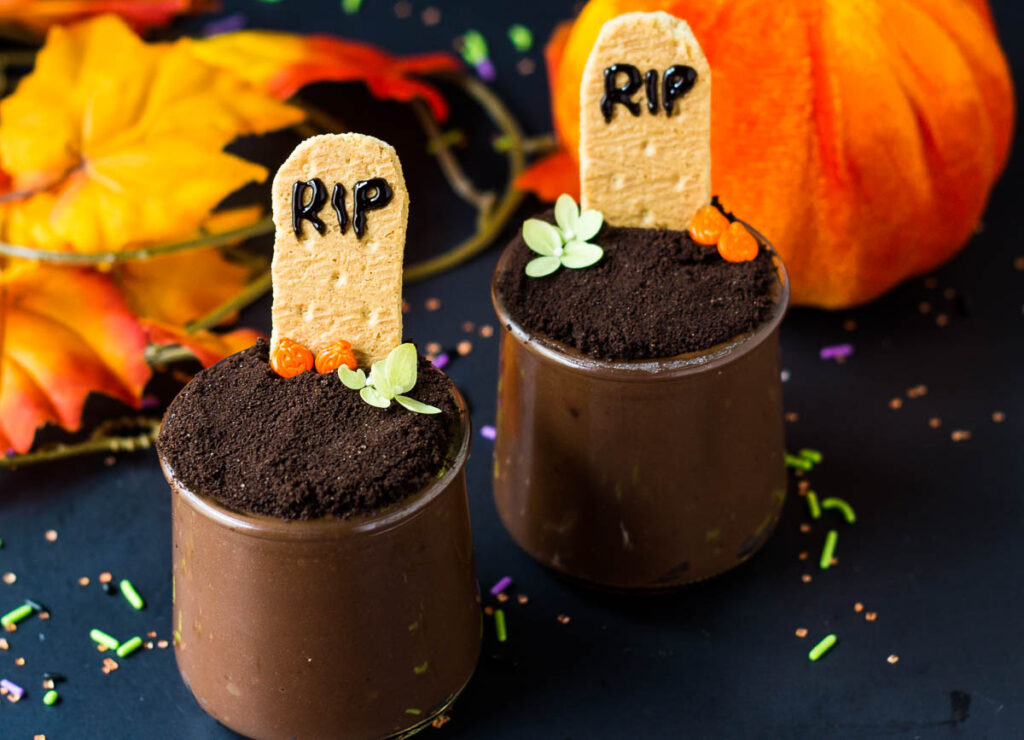 two halloween dirt cups