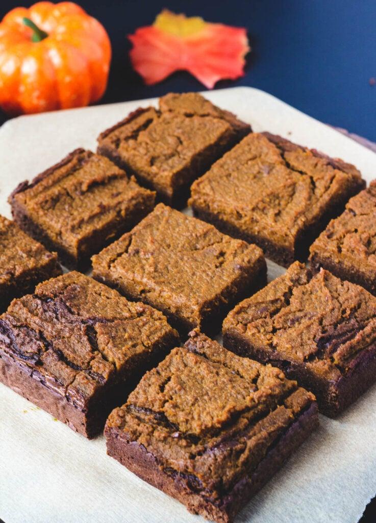 vegan pumpkin brownies cut into squares