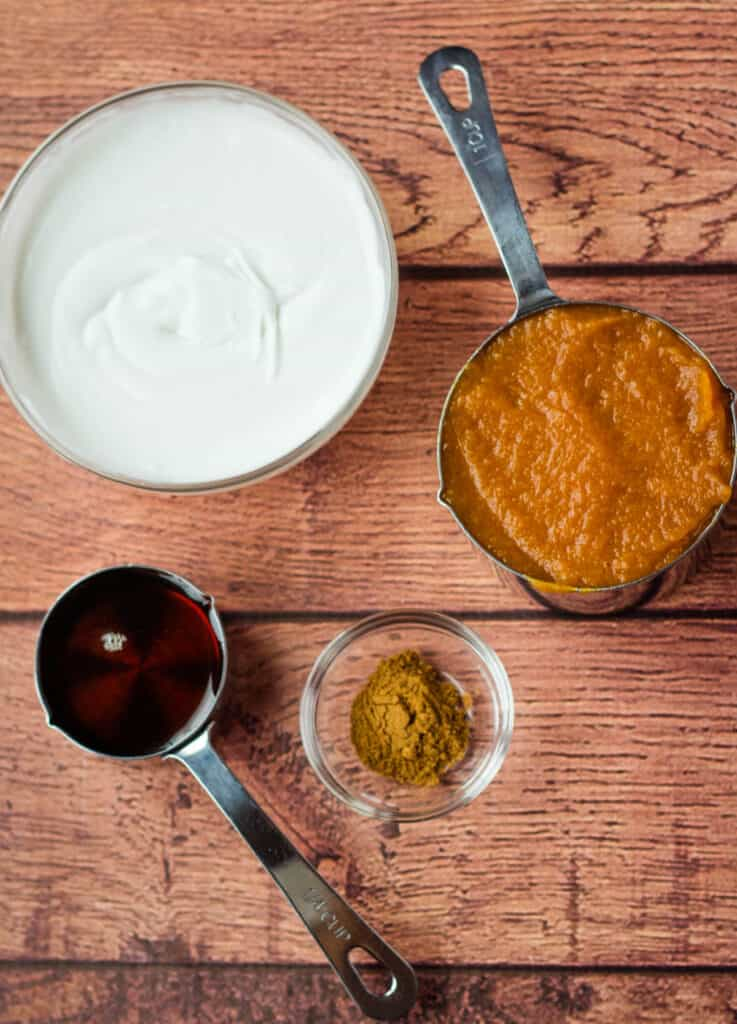 coconut cream, pumpkin puree, maple syrup, pumpkin pie spice in small bowls