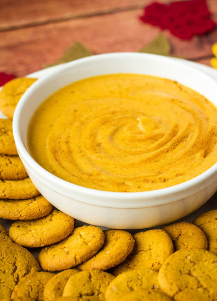 pumpkin dip surrounded by gingersnaps