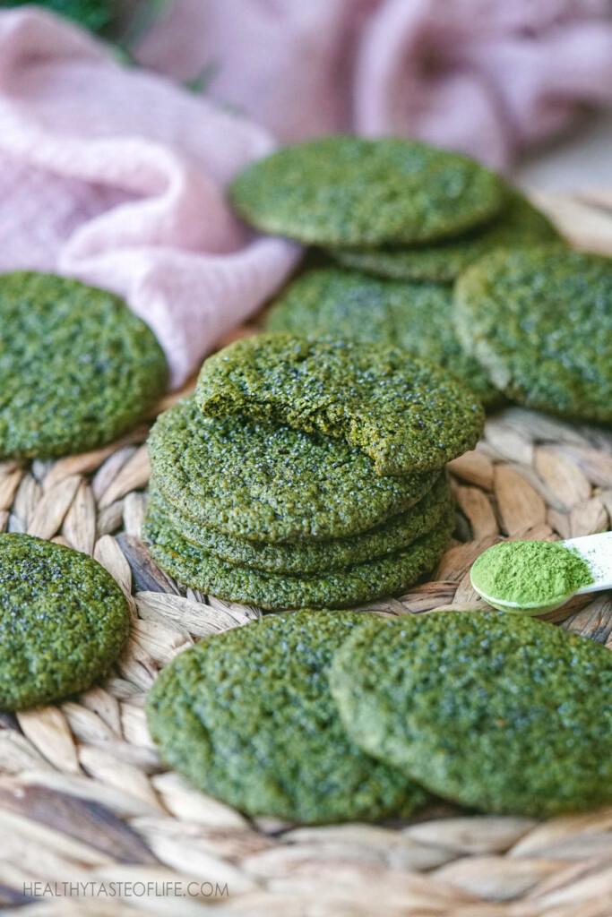 green matcha cookies