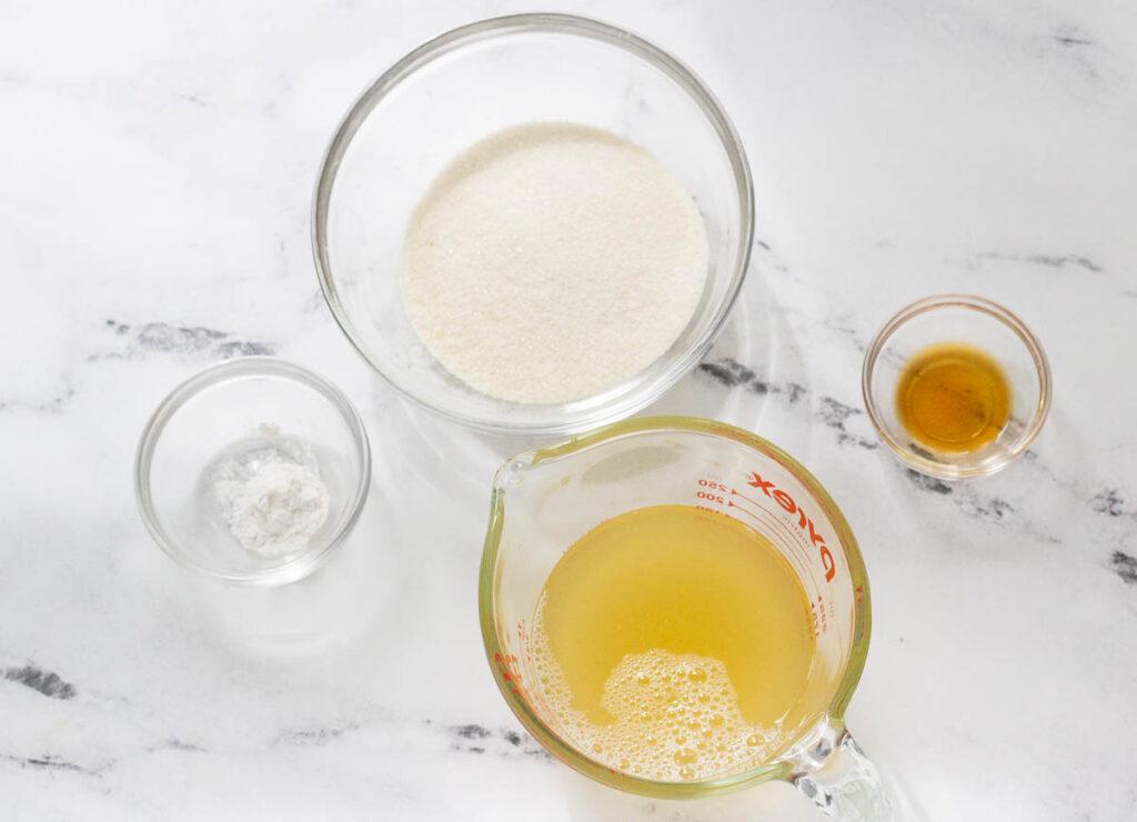 aquafaba, organic cane sugar, cream of tartar, and vanilla extract