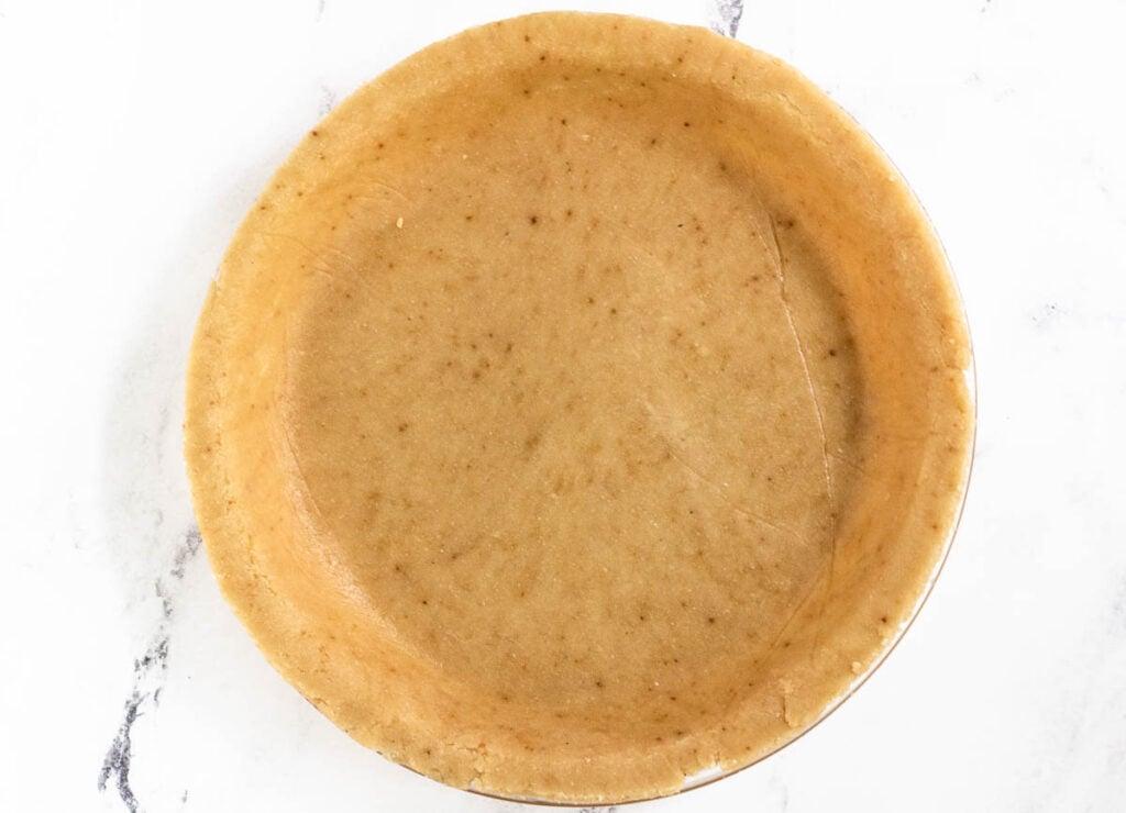 vegan and gluten free pie crust in pie dish