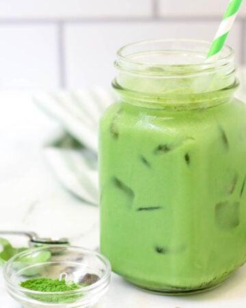 iced starbucks matcha latte recipe in glass mug