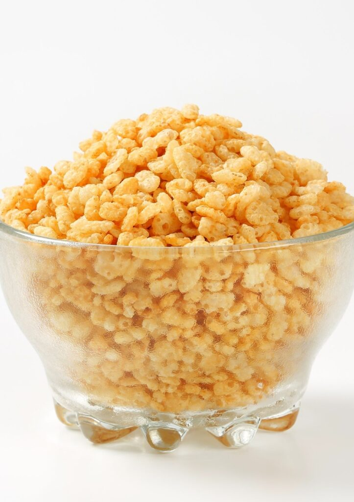Rice cereal in glass bowl.